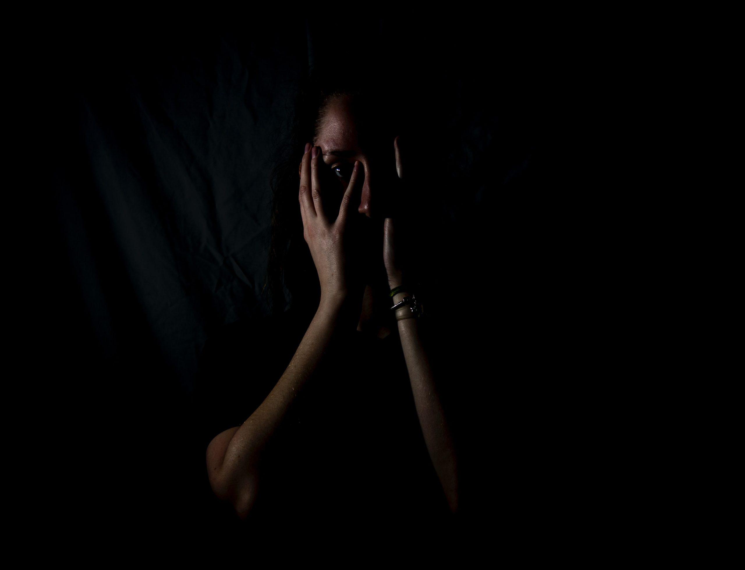 催眠に対する恐怖を取り除く方法