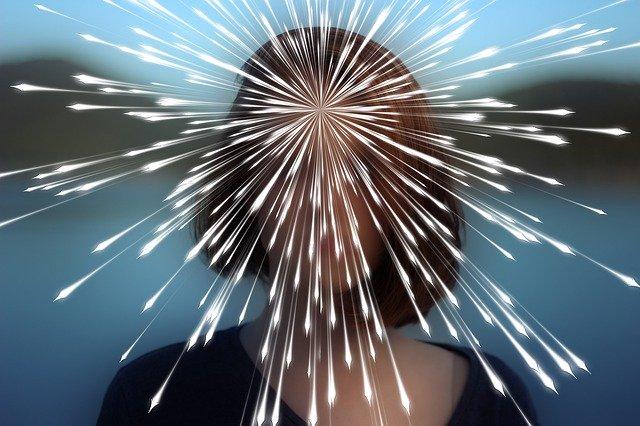 思い込みの恐怖~催眠と洗脳の違い~